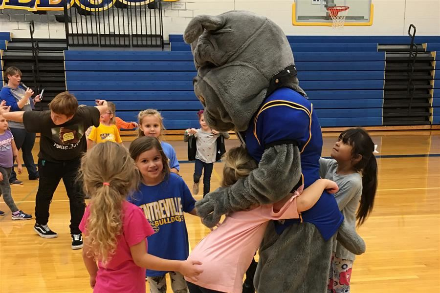 Bulldog Boogie a Big Success
